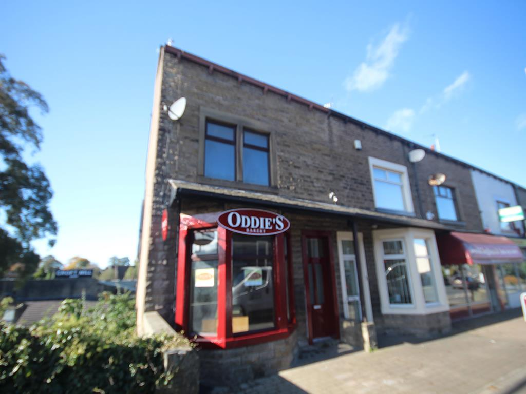 2 bedroom flat To Let in Foulridge, Colne - Property photograph